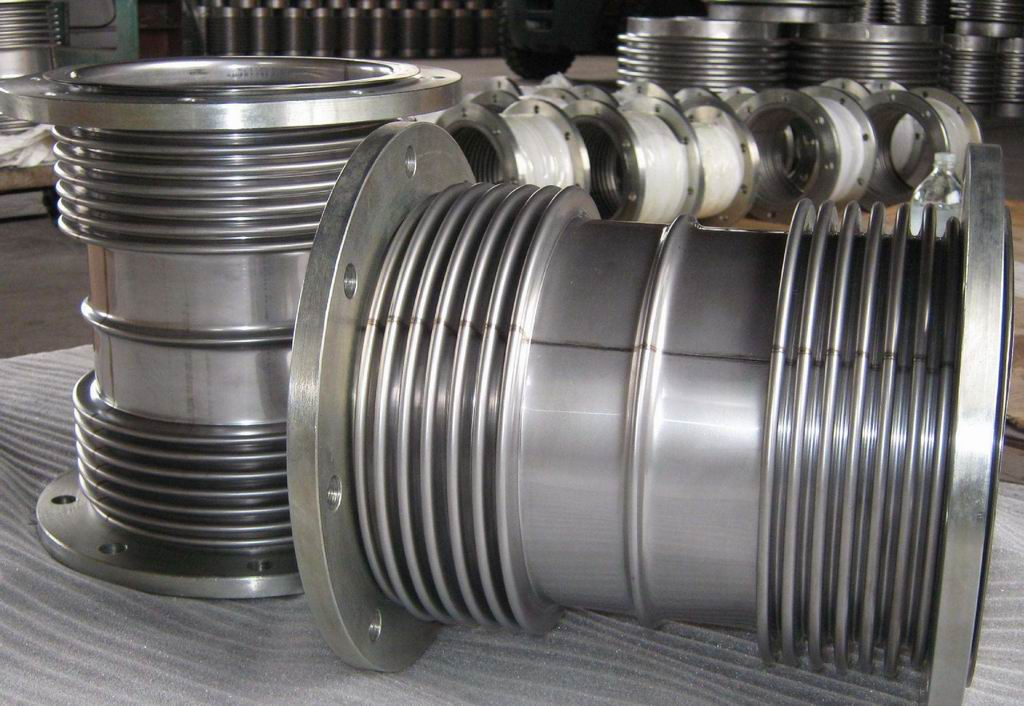 Performance feature of bellows expansion joint pipe
